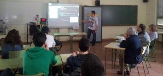 Los alumnos del Bachillerato de Excelencia del IES 'Andrés Laguna' presentaron sus proyectos de Investigación. / E. A