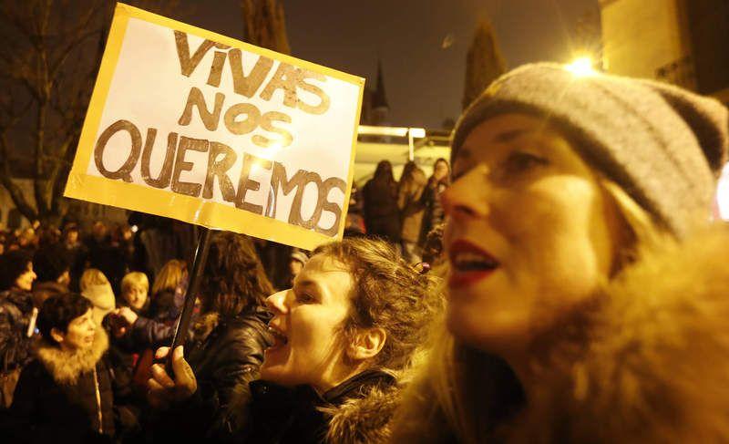 Manifestación por la igualdad del 8M día mundial de la mujer /