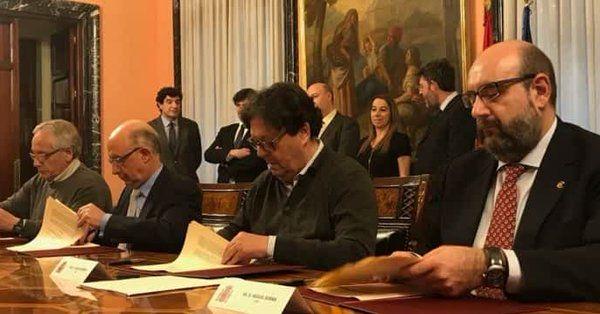 Firma-Acuerdo-9Marzo2018
