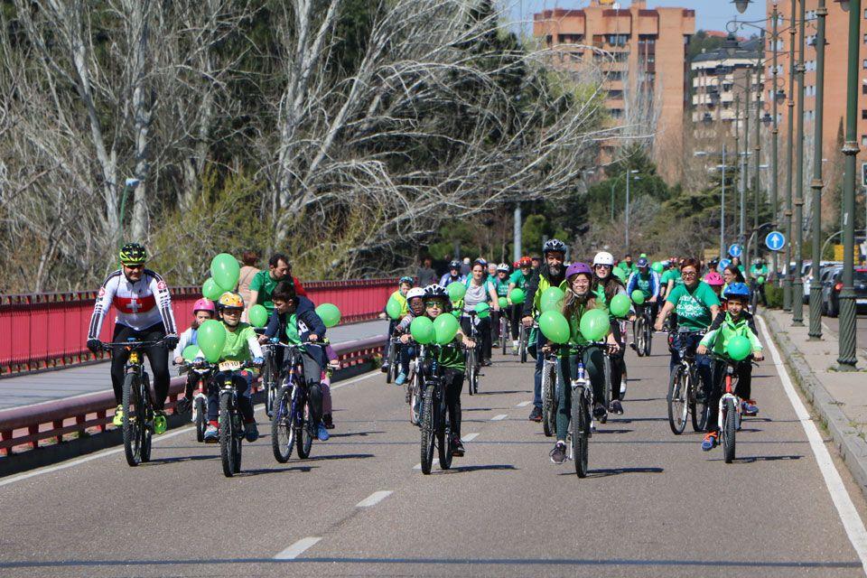 19-03-24-bicicletada-educacion-publica-3