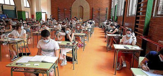 Alumnado-Gimnasio-Mascarillas